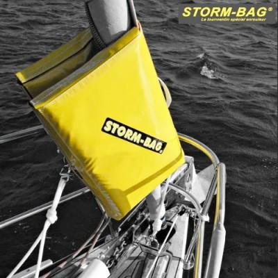 storm-bag, mise en place du sac autour de l'enrouleur de génois