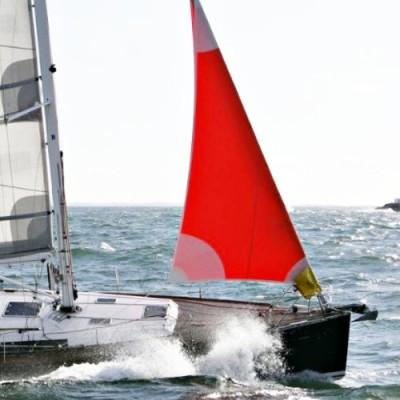 storm-bag enrouleur de génois, bon équilibre du bateau dans la brise